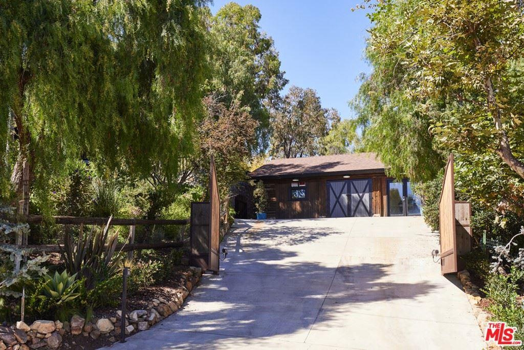 Photo of 33271 Decker School Road, Malibu, CA 90265 (MLS # 21784524)