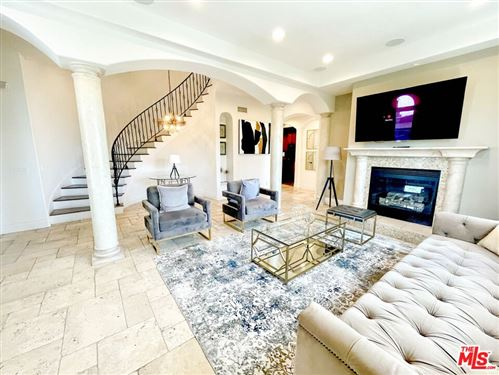 Photo of 8765 Appian Way, West Hollywood, CA 90046 (MLS # 21792526)