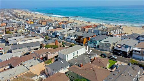 Photo of 4804 Neptune Avenue, Newport Beach, CA 92663 (MLS # NP21127526)