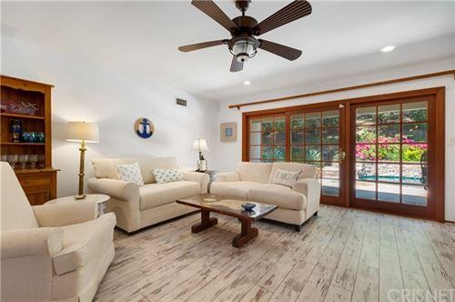 Tiny photo for 23327 Oxnard Street, Woodland Hills, CA 91367 (MLS # SR21070526)