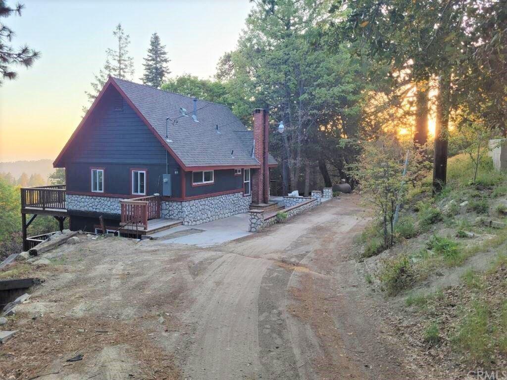 582 Sunset View Road, Twin Peaks, CA 92391 - MLS#: IV21105526