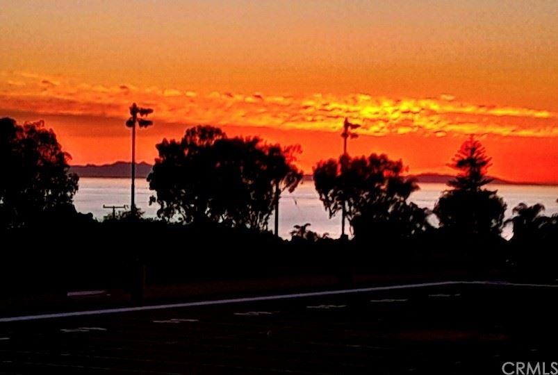 Photo for 747 St Anns Dr, Laguna Beach, CA 92651 (MLS # LG21180526)