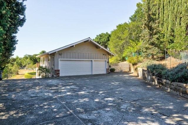 10737 Magdalena Road, Los Altos Hills, CA 94024 - #: ML81843526
