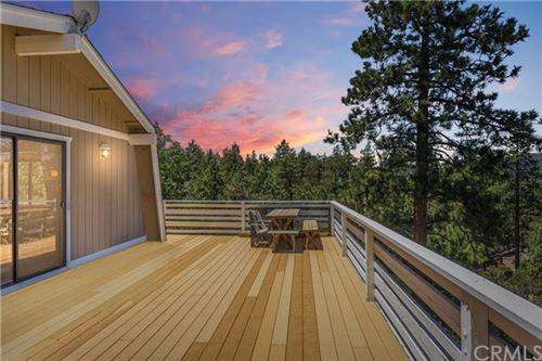 Photo of 520 Marlowe Drive, Big Bear, CA 92314 (MLS # EV20151527)