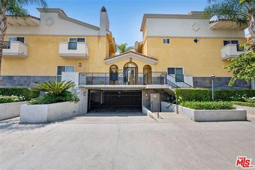 Photo of 5521 Kester Avenue #8, Sherman Oaks, CA 91411 (MLS # 21763528)