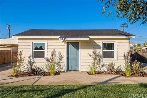 Photo of 5253 N Roxburgh Avenue, Azusa, CA 91702 (MLS # DW20245528)