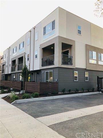 Photo of 12309 Fremont Street W, Valley Village, CA 91607 (MLS # SR21066528)