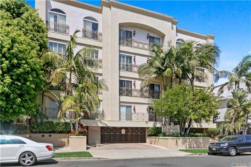 Photo of 1722 Malcolm Avenue #404, Los Angeles, CA 90024 (MLS # AR21235529)