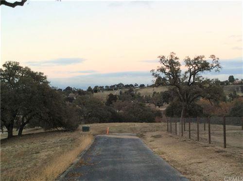 Photo of 1760 Fire Rock Lot 29 Loop, Templeton, CA 93465 (MLS # NS20008529)