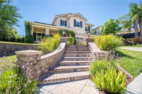 Photo of 28443 Hawks Ridge Drive, Canyon Country, CA 91351 (MLS # SR20147529)