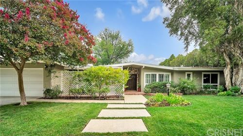 Photo of 4600 Cerro Verde Place, Tarzana, CA 91356 (MLS # SR20179529)