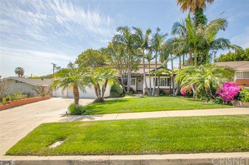Photo of 16660 Gledhill Street, Northridge, CA 91343 (MLS # SR21073529)