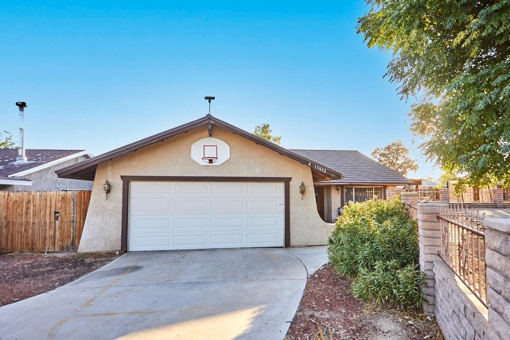 13802 Red Hill Place, Victorville, CA 92395 - MLS#: 539529