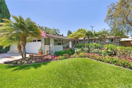 Photo of 2537 Greenbriar Ln, Costa Mesa, CA 92626 (MLS # OC20090530)