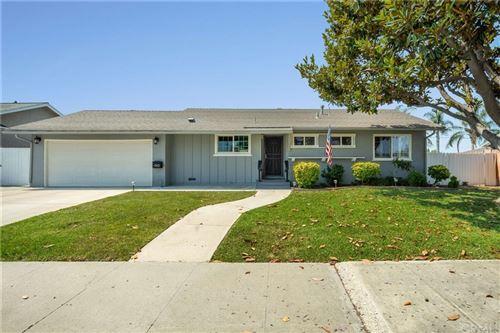 Photo of 902 E Saint James Avenue, Orange, CA 92865 (MLS # RS21159530)