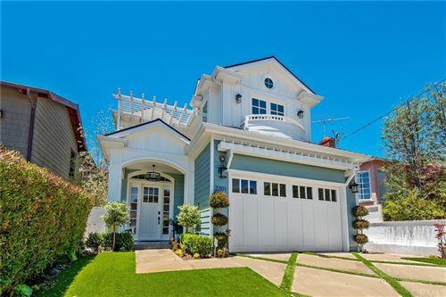 Photo of 2201 Oak Avenue, Manhattan Beach, CA 90266 (MLS # SB21126530)
