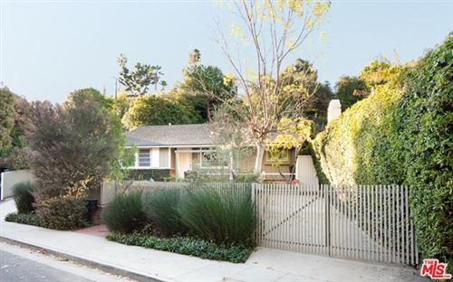 Photo of 812 Centinela Avenue, Santa Monica, CA 90403 (MLS # 21678532)