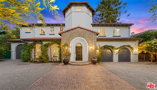 Photo of 1610 Mandeville Canyon Road, Los Angeles, CA 90049 (MLS # 21761532)