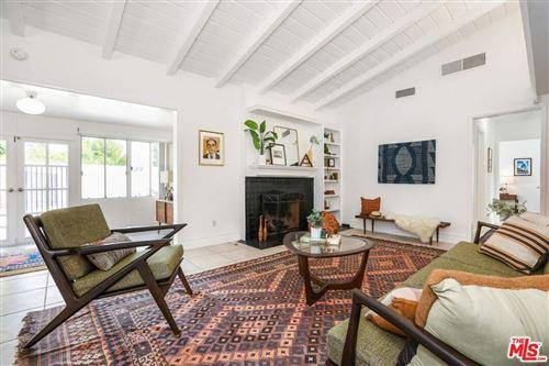 Photo of 11546 Rubio Avenue, Granada Hills, CA 91344 (MLS # 21781532)