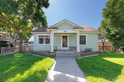 Photo of 420 E Washington Avenue, Santa Ana, CA 92701 (MLS # OC20193532)