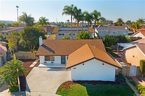 Photo of 9892 Lapworth Circle, Huntington Beach, CA 92646 (MLS # OC21208532)