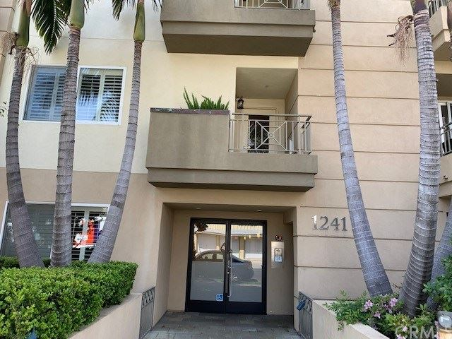 Photo of 1241 S Westgate Avenue #2, West Los Angeles, CA 90025 (MLS # OC21074532)
