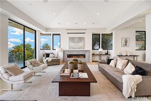 Photo of 941 Via Nogales, Palos Verdes Estates, CA 90274 (MLS # PV21016533)