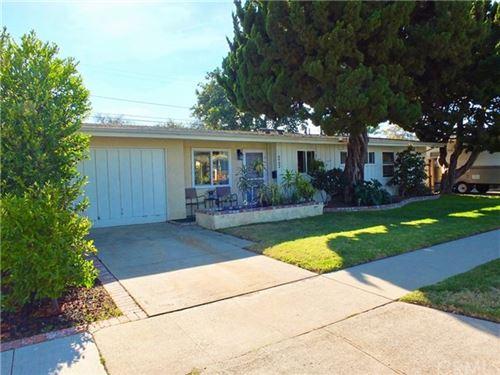 Photo of 6902 E Espanita Street, Long Beach, CA 90815 (MLS # PW21027533)