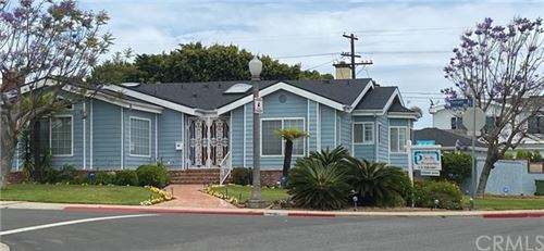 Photo of 8160 Kenyon Avenue, Westchester, CA 90045 (MLS # IN20105534)