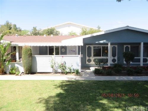 Photo of 19234 Avenue Of The Oaks #C, Newhall, CA 91321 (MLS # SR21114534)