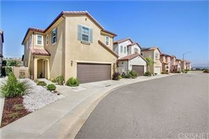 Photo of 26347 Piazza Di Sarro, Newhall, CA 91321 (MLS # SR19155535)