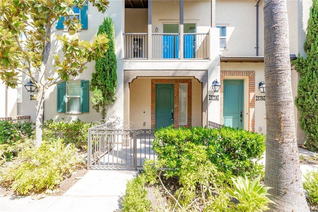 Photo for 574 S Melrose Street, Anaheim, CA 92805 (MLS # LG21167535)