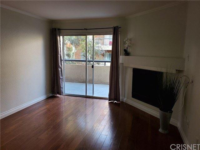 Photo for 21520 Burbank Boulevard #121, Woodland Hills, CA 91367 (MLS # SR20181536)