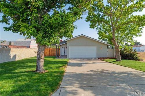 Photo of 1444 Cottonwood Road, Banning, CA 92220 (MLS # IV21102537)