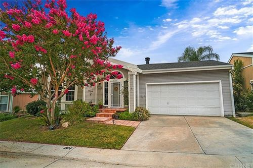 Photo of 20228 Shadow Island Dr., Canyon Country, CA 91351 (MLS # SR21151537)