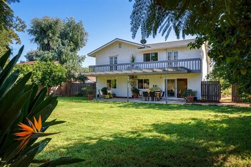 Photo of 1065 Woodland Avenue, Ojai, CA 93023 (MLS # V1-1537)