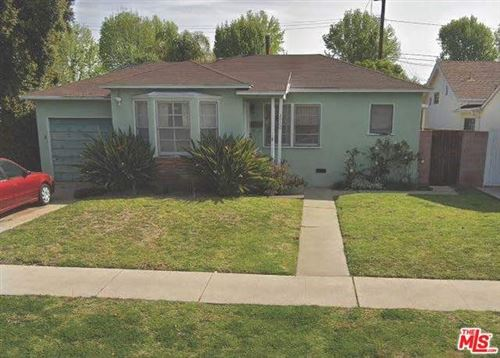 Photo of 2760 FEDERAL Avenue, Los Angeles, CA 90064 (MLS # 19534538)