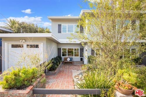 Photo of 2440 Beverley Avenue, Santa Monica, CA 90405 (MLS # 20669538)