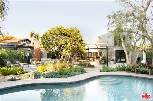 Photo of 3721 Barry Avenue, Los Angeles, CA 90066 (MLS # 21683538)