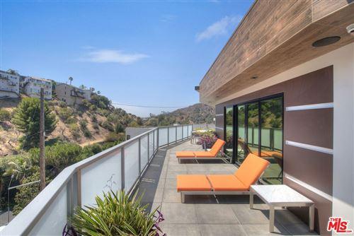 Photo of 6371 Weidlake Drive, Los Angeles, CA 90068 (MLS # 21780538)