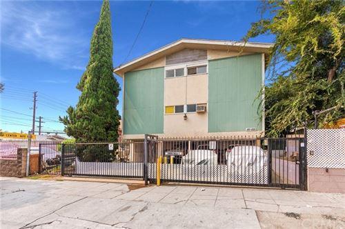 Photo of 1121 N Westmoreland Avenue, Los Angeles, CA 90029 (MLS # EV21079538)