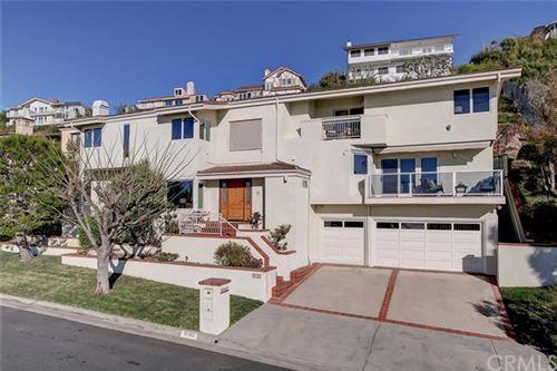 Photo of 30162 Cartier Drive, Rancho Palos Verdes, CA 90275 (MLS # SB21011539)
