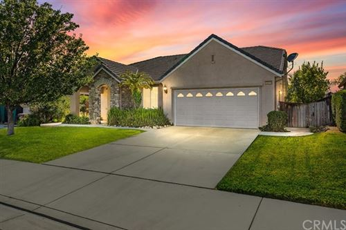Photo of 36289 Chittam Wood Place, Murrieta, CA 92562 (MLS # SW20131539)
