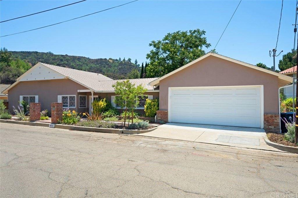 Photo of 4111 Saltillo Street, Woodland Hills, CA 91364 (MLS # SR21127539)
