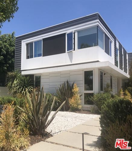 Photo of 4342 Coolidge Avenue, Los Angeles, CA 90066 (MLS # 21694540)