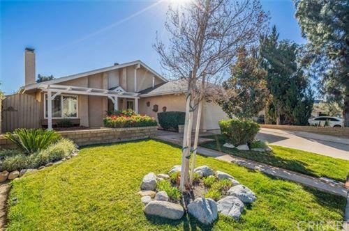 Photo of 27814 Caraway Lane #LU, Saugus, CA 91350 (MLS # SR21037540)