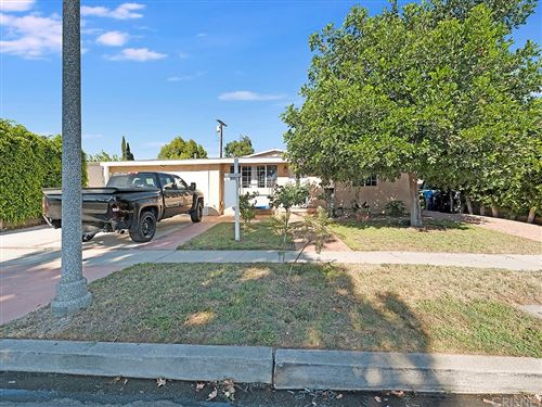 Photo of 7868 Clearfield Avenue, Panorama City, CA 91402 (MLS # SR21135540)