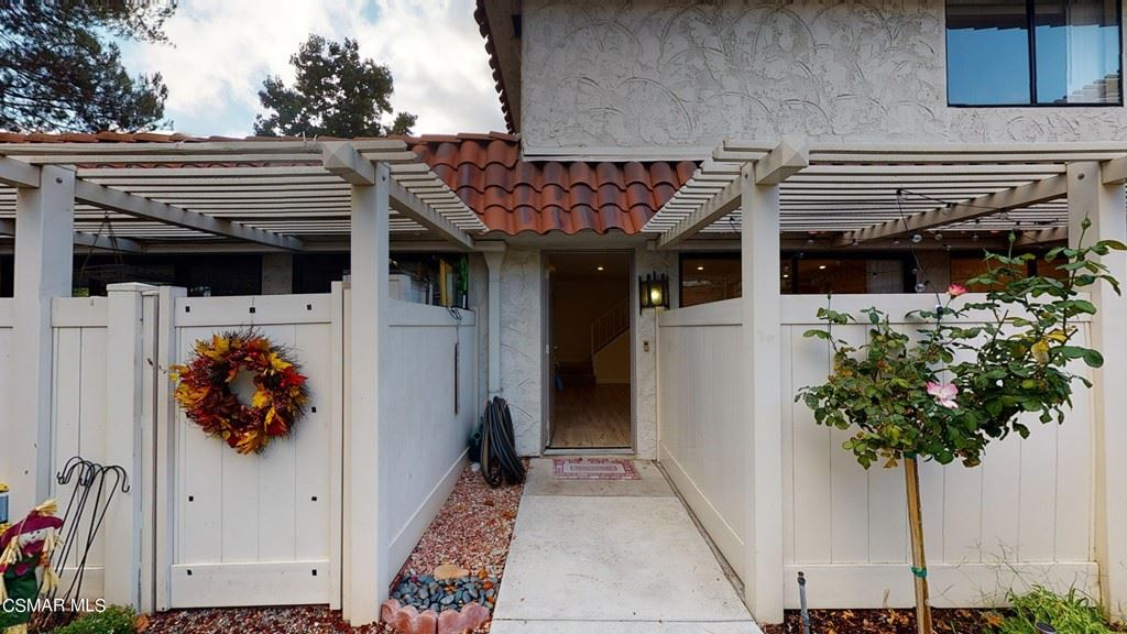 Photo of 2854 Instone Court, Westlake Village, CA 91361 (MLS # 221005541)
