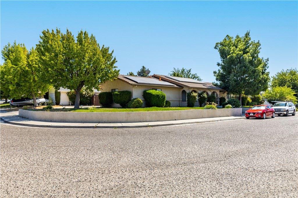 Photo of 808 Wade Drive, Paso Robles, CA 93446 (MLS # NS21200541)