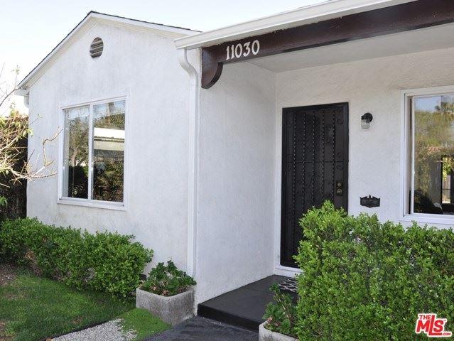 Photo of 11030 Emelita Street, North Hollywood, CA 91601 (MLS # 21712542)